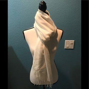 NWT Cashmere & Wool Ivory Scarf/Wrap